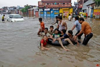 india-monsoon-june-2012